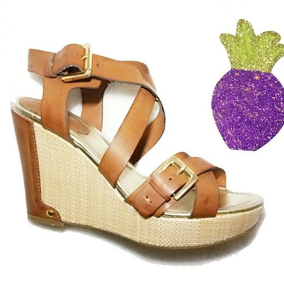 30cad1c003b1a Liz Claiborne Shoes - Liz Claiborne Brown Gold Wedges Sandles Size 8.5
